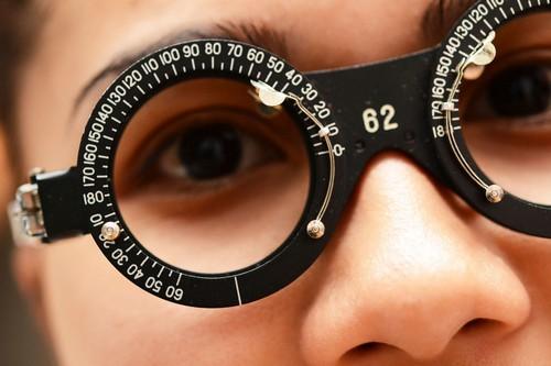В списке болезней, по которым дается отсрочка по службе, астигматизм имеется