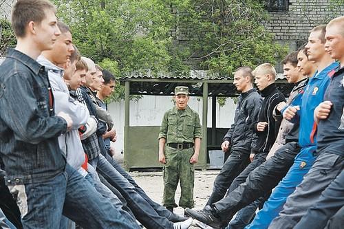 Исполнить воинский долг обязаны все граждане в возрасте от 18 до 27 лет