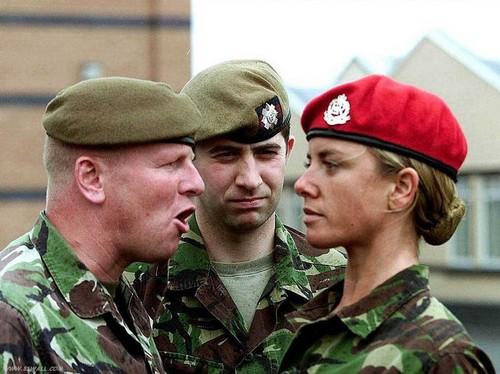 В России многие полагают, что армия не является местом для женщин