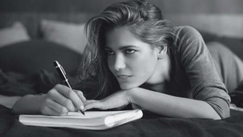 Особые требования предъявляются к письмам от любимой девушки