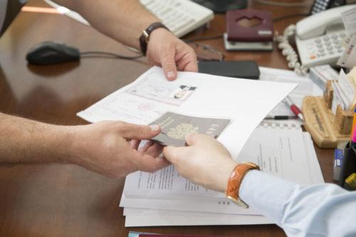 Для получения отсрочки студенту требуется предоставить комиссии пакет документов