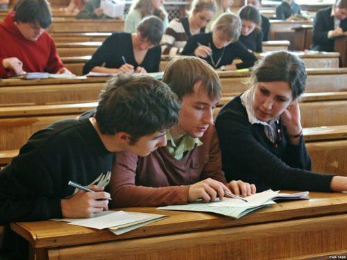 Студенты учебных учреждений обладают правом отсрочки
