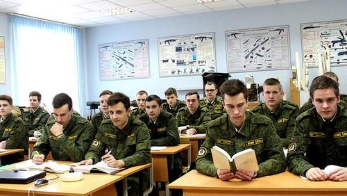 Как получить отсрочку от армии после института